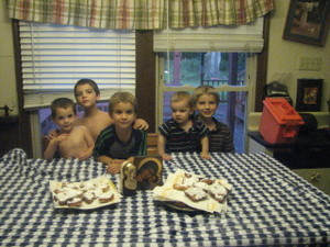 Brothers_and_beignets_001